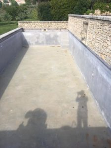béton décoratif piscine